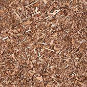 Wooden mulch ground fragment