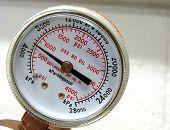 Air Tank Measuring Pressure Valve Gauge