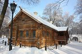 Moscow. Museum - estate Kolomenskoe. Cabin Of Peter I.