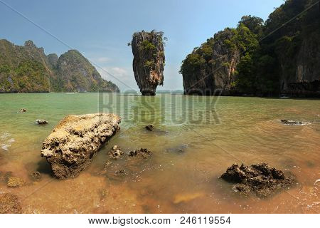 Khao Phing Kan james Bond