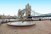 Fountain Tower Bridge