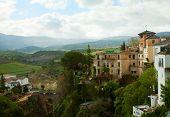 Vista superior de Ronda y el barrio, España.