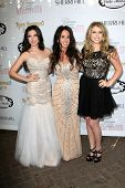 LOS ANGELES - APR 27:  Ryan Newman, Jody Newman, Jessica Newman at the Ryan Newman's Glitz and Glam