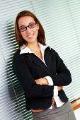 Mujer de negocios en una oficina