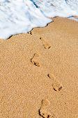 Huellas sobre la arena. Océano