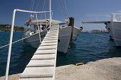 Holz-Treppen auf Fischerboot, Skiathos, Griechenland