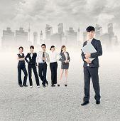 Постер, плакат: Команда успешного бизнеса в Азии