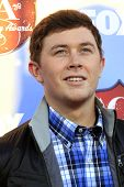 LAS VEGAS - DEC 10:  Scotty McCreery at the 2013 American Country Awards at Mandalay Bay Events Cent