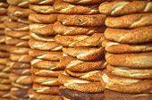 Simit, the Turkish Crispy Sesame Bagels