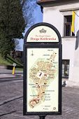 Map Guides The Tourists To The Royal Route
