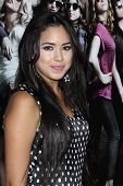 LOS ANGELES - SEP 24:  Jasmine V arrives at the