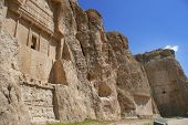 picture of xerxes  - Grave of king Daeiros carved in rock near Persepolis - JPG