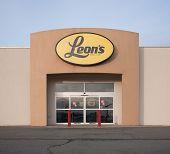 Leon's Outlet