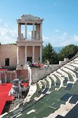 etapas e palco do anfiteatro romano em Plovdiv, Bulgária