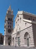 the cathedral of Messina built by the norman king Ruggero II dates back to 1120
