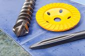 Diamond disk for concrete cutting and abrasion and Nozzle for the puncher