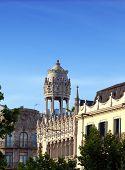 Casa Lleó Morera - el antiguo edificio en Barcelona