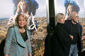 m LOS ANGELES - NOV 19:  Diane Ladd, Bruce Dern at the