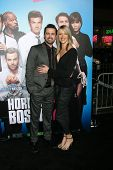 LOS ANGELES - NOV 20:  Rob McElhenney, Kaitlin Olson at the
