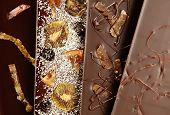 Hand-made chocolate bars (fruits)