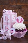 Постер, плакат: Vintage Style Baby Shower Cupcake And Gift Box