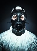 picture of s10  - fine portrait of man with classic mask gas - JPG