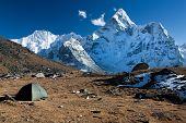 Camping bajo Ama Dablam
