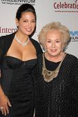 Alex Meneses and Doris Roberts at the International Myeloma Foundation's 3rd Annual Comedy Celebrati