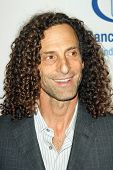 Kenny G at the EIF's Women's Cancer Research Fund's