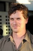 Tom Everett Scott  at the Los Angeles Premiere of 'A Perfect Getaway'. Arclight Cinerama Dome, Hollywood, CA. 08-05-09