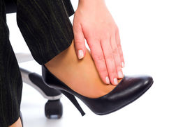 image of hurt  - Hurting feet while wearing high heels all day - JPG