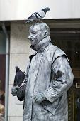 Statue Busker