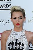 Miley Cyrus at the 2013 Billboard Music Awards Arrivals, MGM Grand, Las Vegas, NV 05-19-13