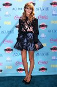 Bella Thorne at the 2013 Teen Choice Awards Arrivals, Gibson Amphitheatre, Universal City, CA 08-11-