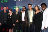 LOS ANGELES - JUL 17:  Dean Winters, Aubrey Dollar, David Shore, Kal Penn, Josh Duhamel, Janet McTee