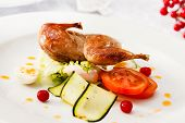 quail with fresh vegetables