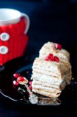 cake with cream and jam filling,