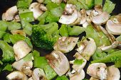 Cooking Mushrooms & Broccoli