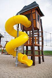 picture of chute  - a children - JPG