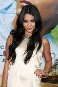 LOS ANGELES - JUL 20:  Vanessa Hudgens arrives at the