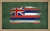 Bandera de nosotros del estado de Hawai en pizarra pintada con tiza