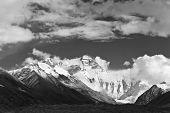 tibet: mount everest