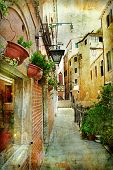 narrow pictorial streets of Venice
