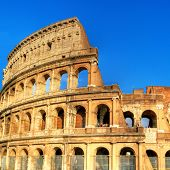 Colosseum - great italian landmarks series