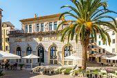 Nobile Teatro Di San Giacomo Di Corfu