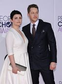 LOS ANGELES - JAN 07:  Ginnifer Goodwin & Josh Dallas arrives to the People's Choice Awards 2014  on January 7, 2015 in Los Angeles, CA