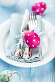 Easter place setting with polka dotted easter eggs