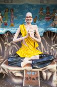 Living Buddha Ji Gong Statue