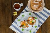 Muffins With Eggs And Bacon