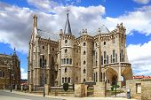 Episcopal Palace, Astorga